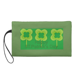 happy st. patrick's day wristlet