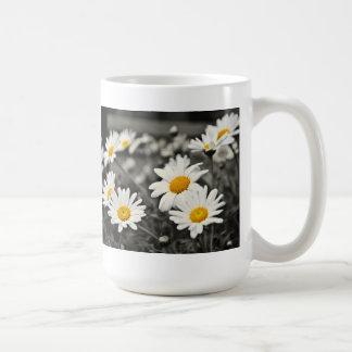 Happy Summer Daisies Mugs