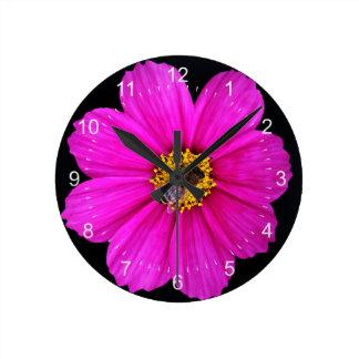 hardworking bee round clock