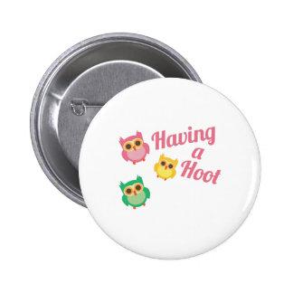 Having a Hoot 6 Cm Round Badge
