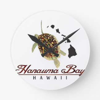 Hawaii Green Sea Turtle Round Clock