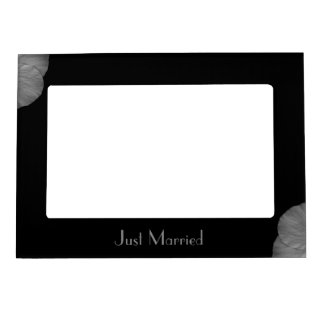 Hawaiian Dreams in Black and White Magnetic Frame