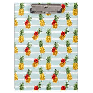 Hawaiian Summer Pineapple Seamless Pattern Clipboard