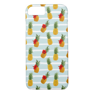 Hawaiian Summer Pineapple Seamless Pattern iPhone 8/7 Case