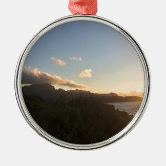 Hawaiian Sunrise Silver-Colored Round Decoration
