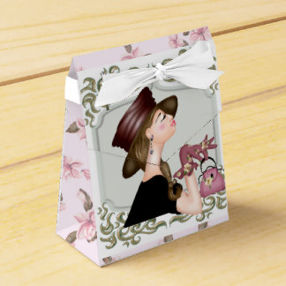HEAD MODEL CARTOON Tent with Ribbon Favor Box 2