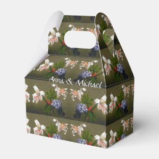 Heade Lilies Flowers Floral Bouquet Favor Box
