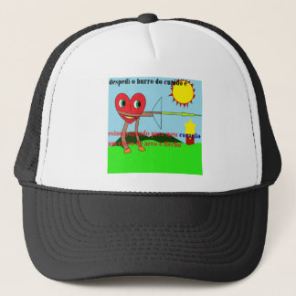 heart arcoflecha trucker hat