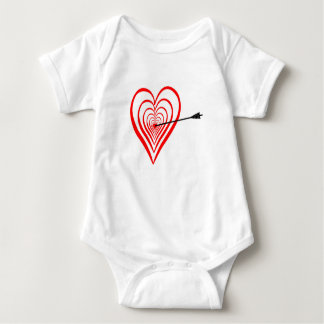 Heart Dartscheibe with arrow Baby Bodysuit