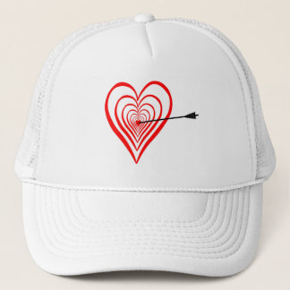 Heart Dartscheibe with arrow Trucker Hat