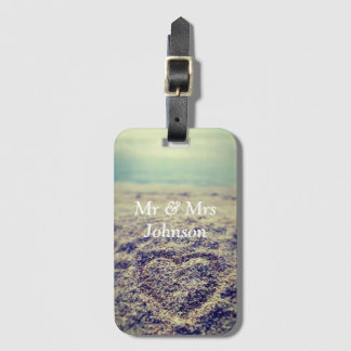 Heart in sand mr and mrs luggage tag for newlyweds