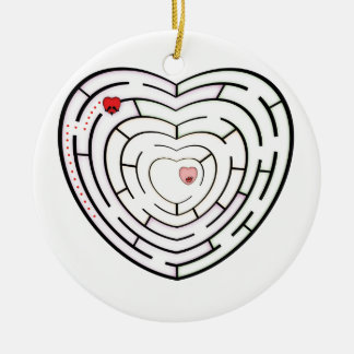 HEART LABYRINTH ROUND CERAMIC DECORATION