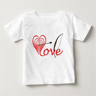 Heart love Dartscheibe with arrow and sheet Baby T-Shirt