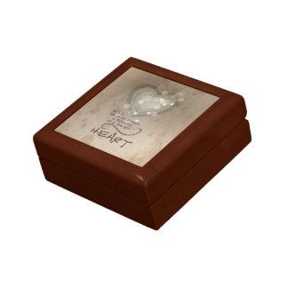 Heart Religious Encouragement, Grunge Gift Box