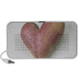 Heart-shaped Francine potato Mini Speakers