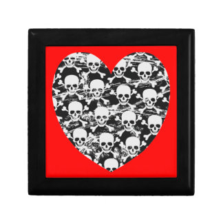 Heart skull with crossbones small square gift box