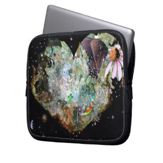 Heart your world 2 laptop sleeve