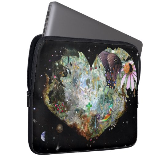 Heart your world laptop sleeve