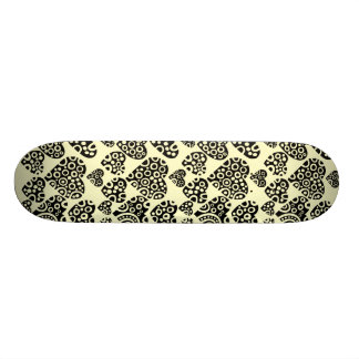 Hearts on Cream 18.1 Cm Old School Skateboard Deck