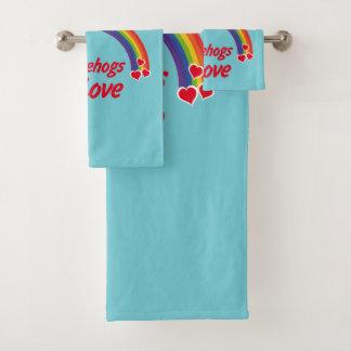 Hedgehog in love bath towel set