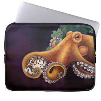 He'e (octopus) with Cowry (Dark) Laptop Sleeve