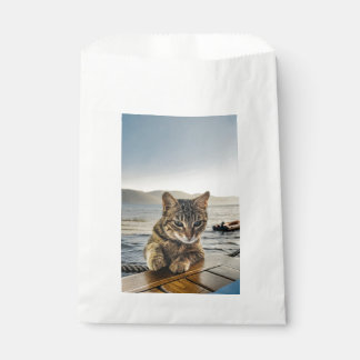 """""""Here I am"""" says the Cat Favour Bag"""