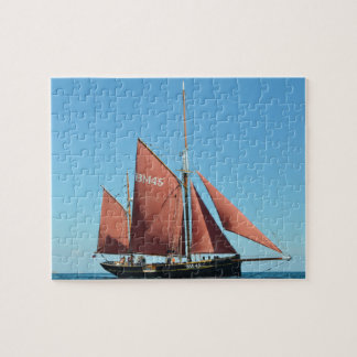 Heritage sailboat on children's puzzle
