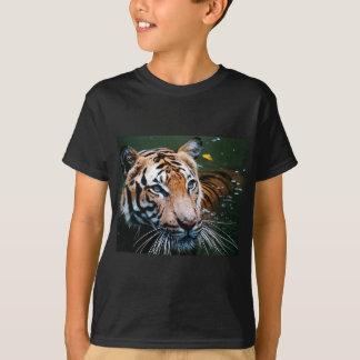 Hi-Res Tiger in Water T-Shirt