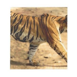 Hi-Res Tigres Stalking Notepad