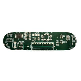 hidden skulls circuit board 21.6 cm skateboard deck