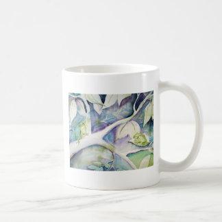 … hides mug