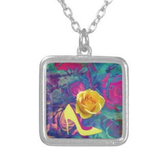 High heels and flower square pendant necklace