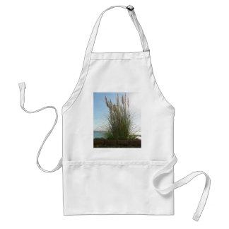 High Reed Grass Apron