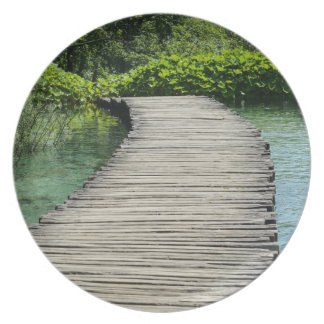 Hiking Trail in Plitvice National Park in Croatia Plate
