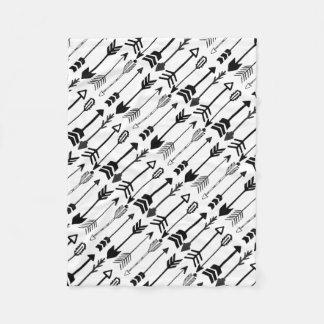 Hipster Black and White Arrow Pattern Fleece Blanket