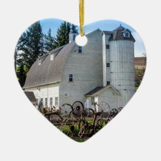 Historic Uniontown Washington Dairy Barn Ceramic Heart Decoration
