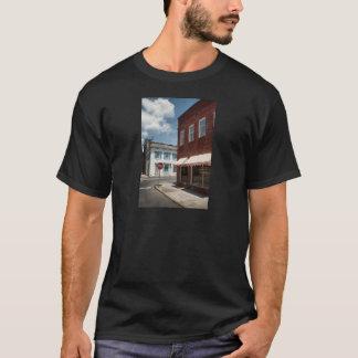 Historical Downtown Savannah Georgia T-Shirt
