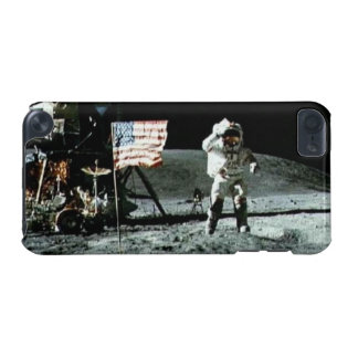 Historical man on the moon iPod touch 5G cover