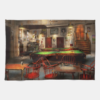 Hobby - Pool - The billiards club 1915 Tea Towel