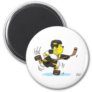 HOCKEY DOG BLACK AND GOLD 6 CM ROUND MAGNET