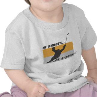 Hockey He shoots he scores T-shirt