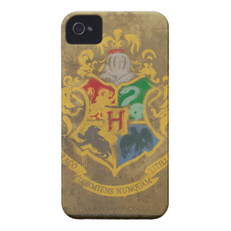 Hogwarts Crest Painted iPhone 4 Case