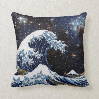 Hokusai & LH95 Cushion