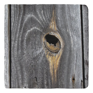 hole in fence trivet