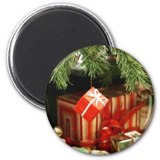 Holiday Magic 6 Cm Round Magnet