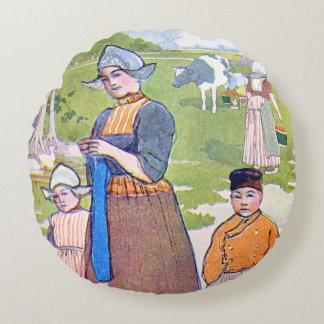 Holland Life 1906 Round Cushion