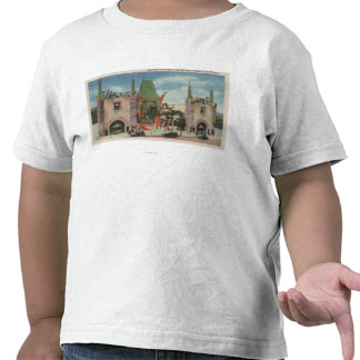 Hollywood, CAView of Grauman's Chinese Theatre Tee Shirts
