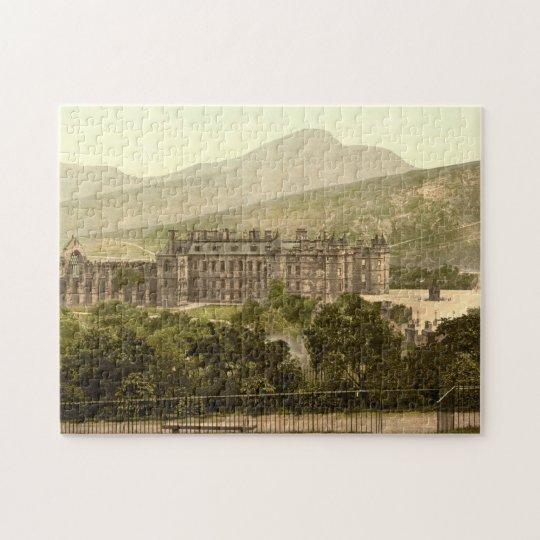 Holyrood Palace, Edinburgh, Scotland Jigsaw Puzzle