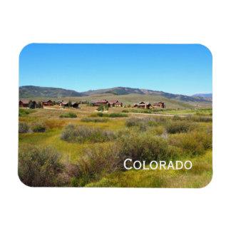 homes on Colorado prairie Magnet