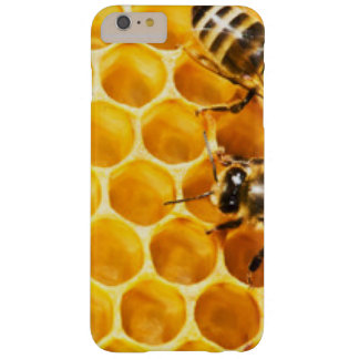 Honeycomb and Bees Pattern Design Barely There iPhone 6 Plus Case